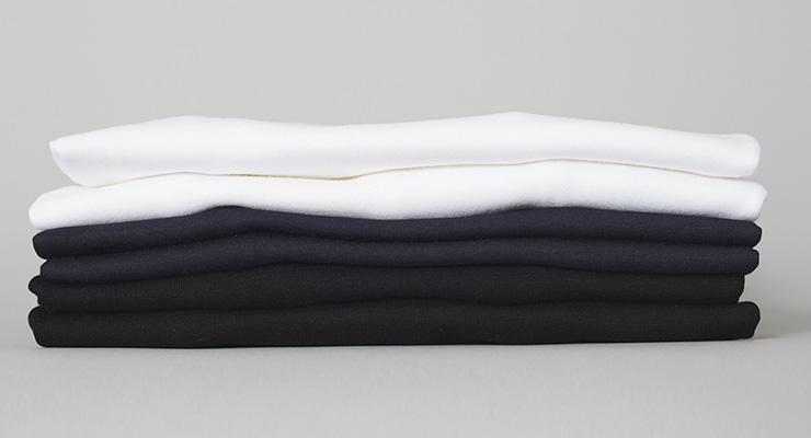 Blanke Tshirts foldet klar til håndtrykt serigrafi tryk