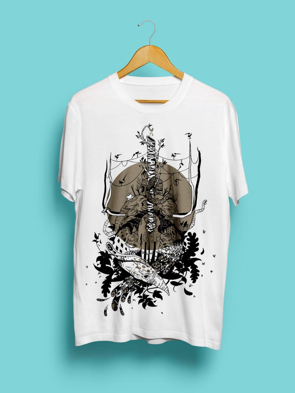 Håndtrykt hvid tshirt med design af Malakkai